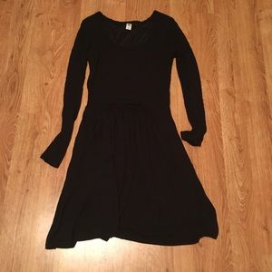 Old Navy fitted twirly black dress